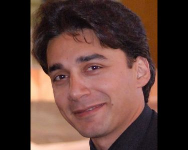 Iranian pastor Fathi freed from prison