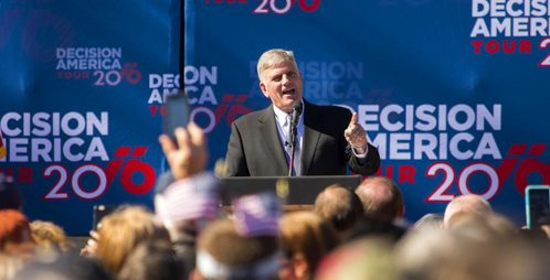 Thousands expected at Graham rally, May 17