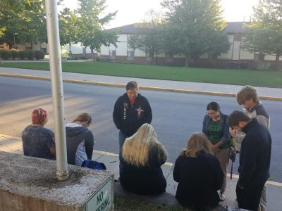 Mo. Baptist students join 1 million across nation in prayer at schools