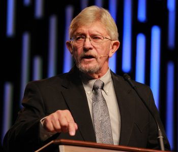 Ratliff challenges not to settle for a 'powerless' Gospel