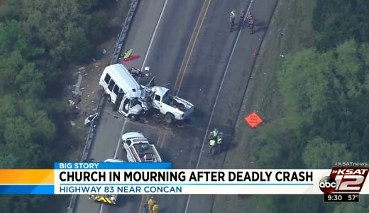 Texas church mourns deaths of 13 members in crash