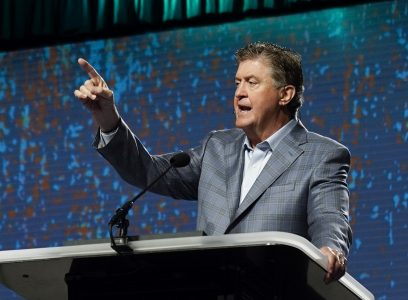 SBC Wrap Up: unity & evangelism draw focus in Phoenix