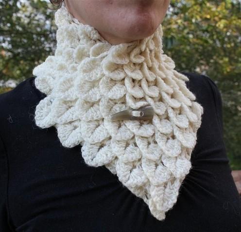 Free Crochet Pattern Hooded Neck Warmer : Free Neckwarmer Pattern Patterns Gallery