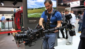 Amazing New Camera Rig: Artemis Combines a Gimbal and Stabilizer
