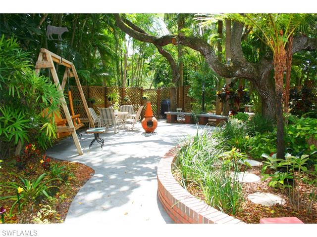 Listing Photo: 12286 Mcgregor Woods Cir, Fort Myers, Fl