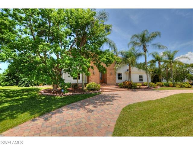 Listing Photo: 9057 Ligon Ct, Fort Myers, Fl