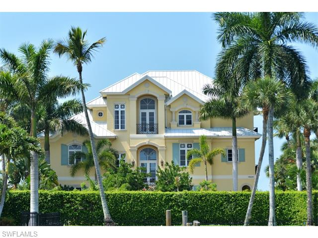 Listing Photo: 0 Gulf Shore Dr, Naples