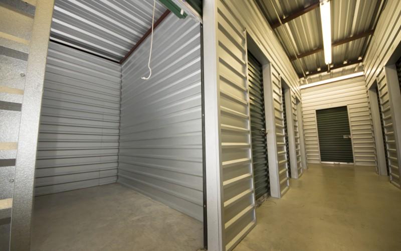 1st American Storage - Attic Space Laredo - Photo 7