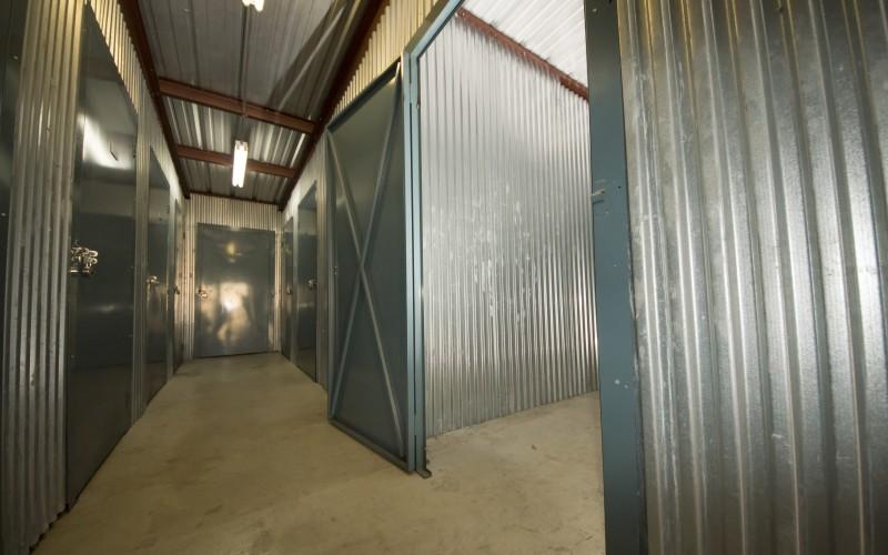 1st American Storage - Attic Space Blanco - Photo 8