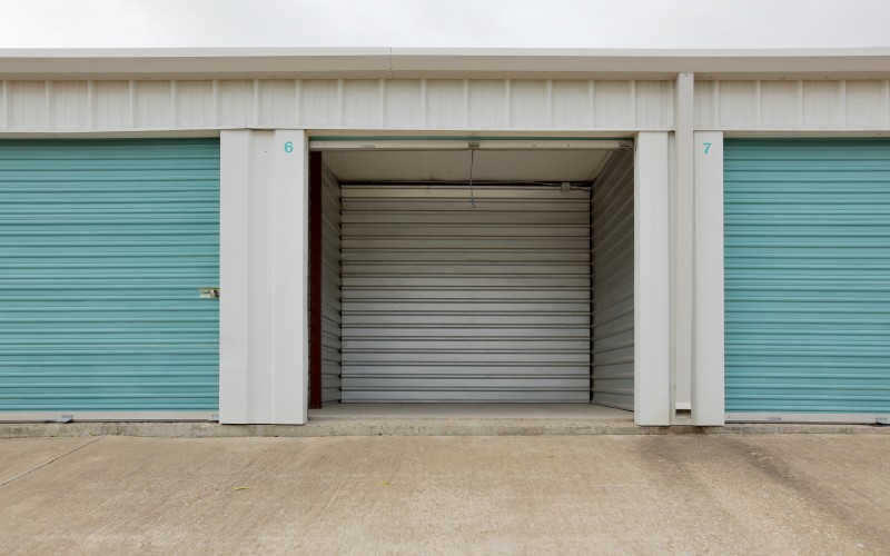 Lockaway Storage - Ben White - Photo 3