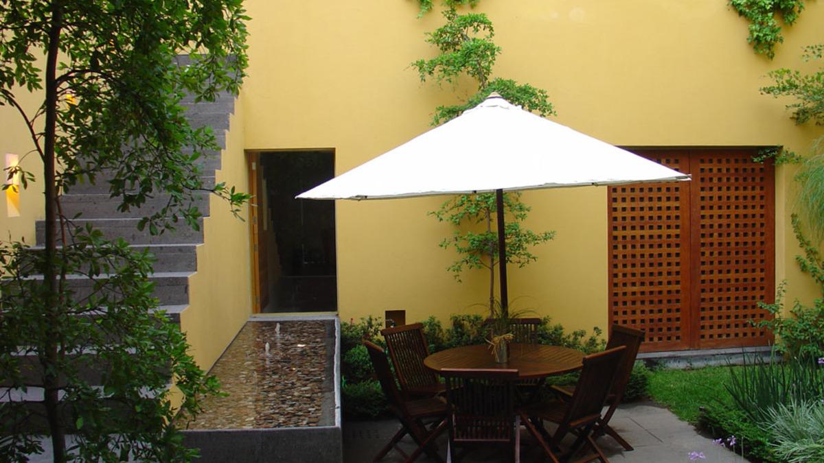 1.patio interior