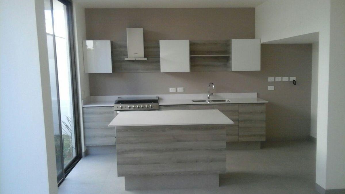 Cocina casa 32