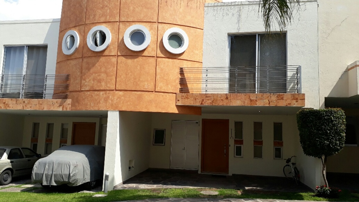 4 fachada de casa no 9
