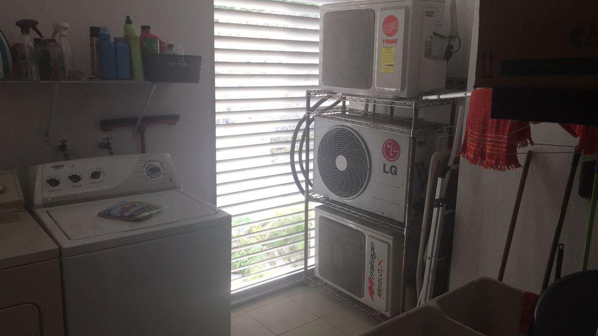 12 cuarto de lavado depa retama