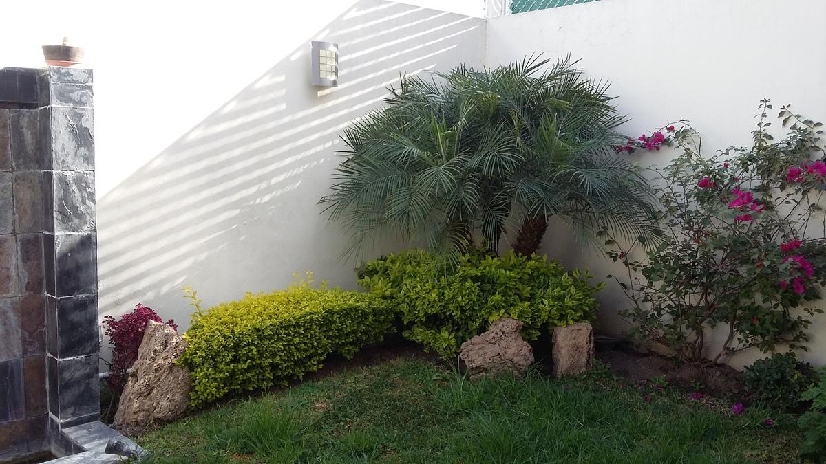 Foto05 jardin1