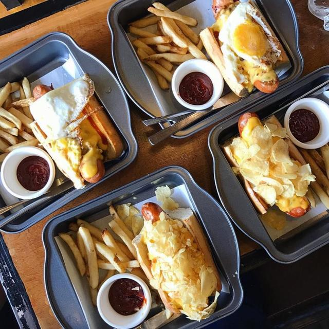 Wicked Dogs' Hotdog Sandwiches and Fries