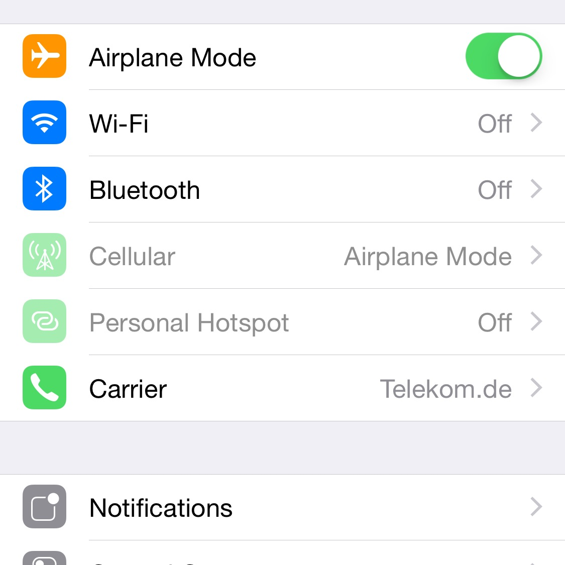 Turning Airplane Mode on disconnects cellular, Wi-Fi and Bluetooth connections.