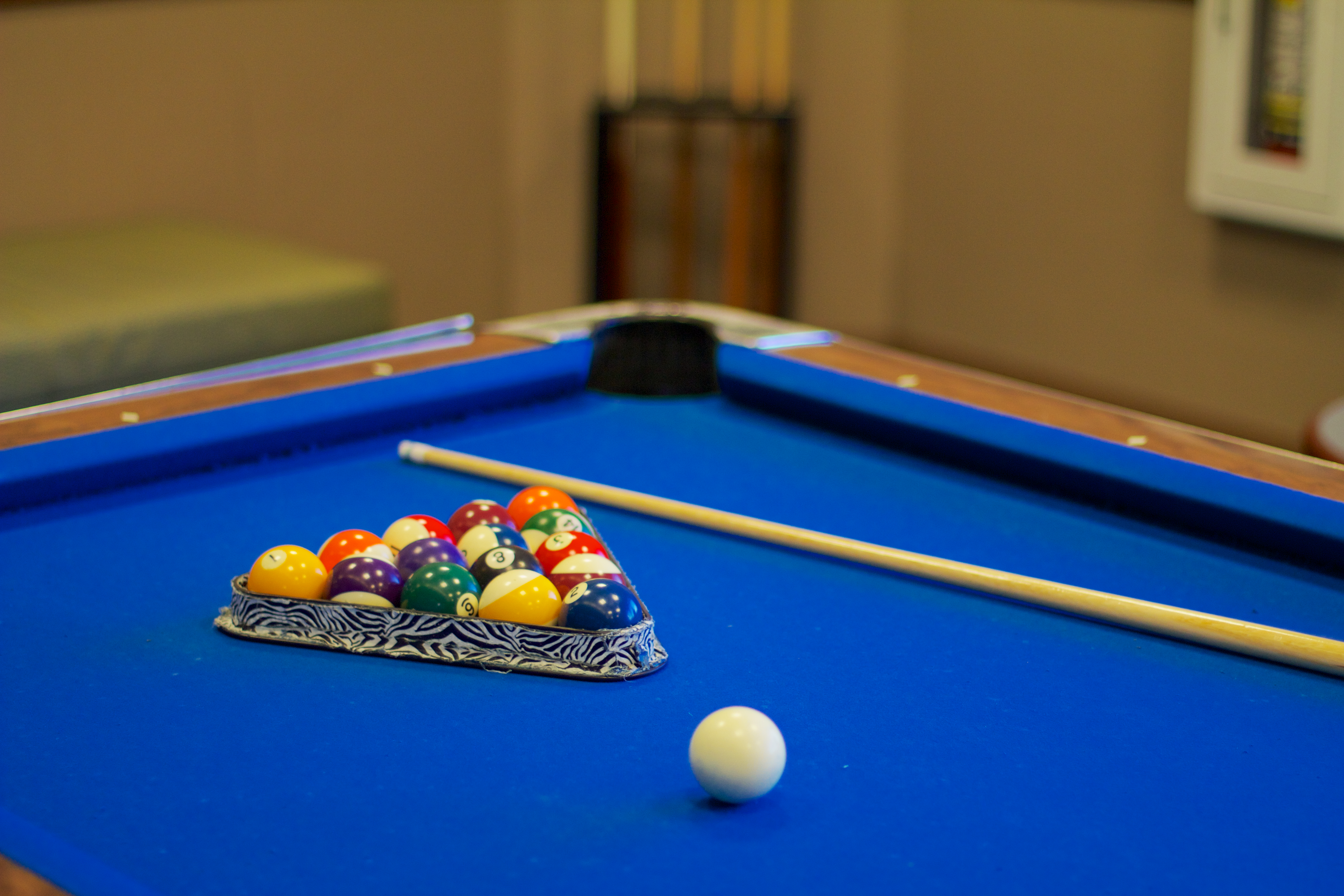 What Is the Proper Way to Set Up Pool Balls