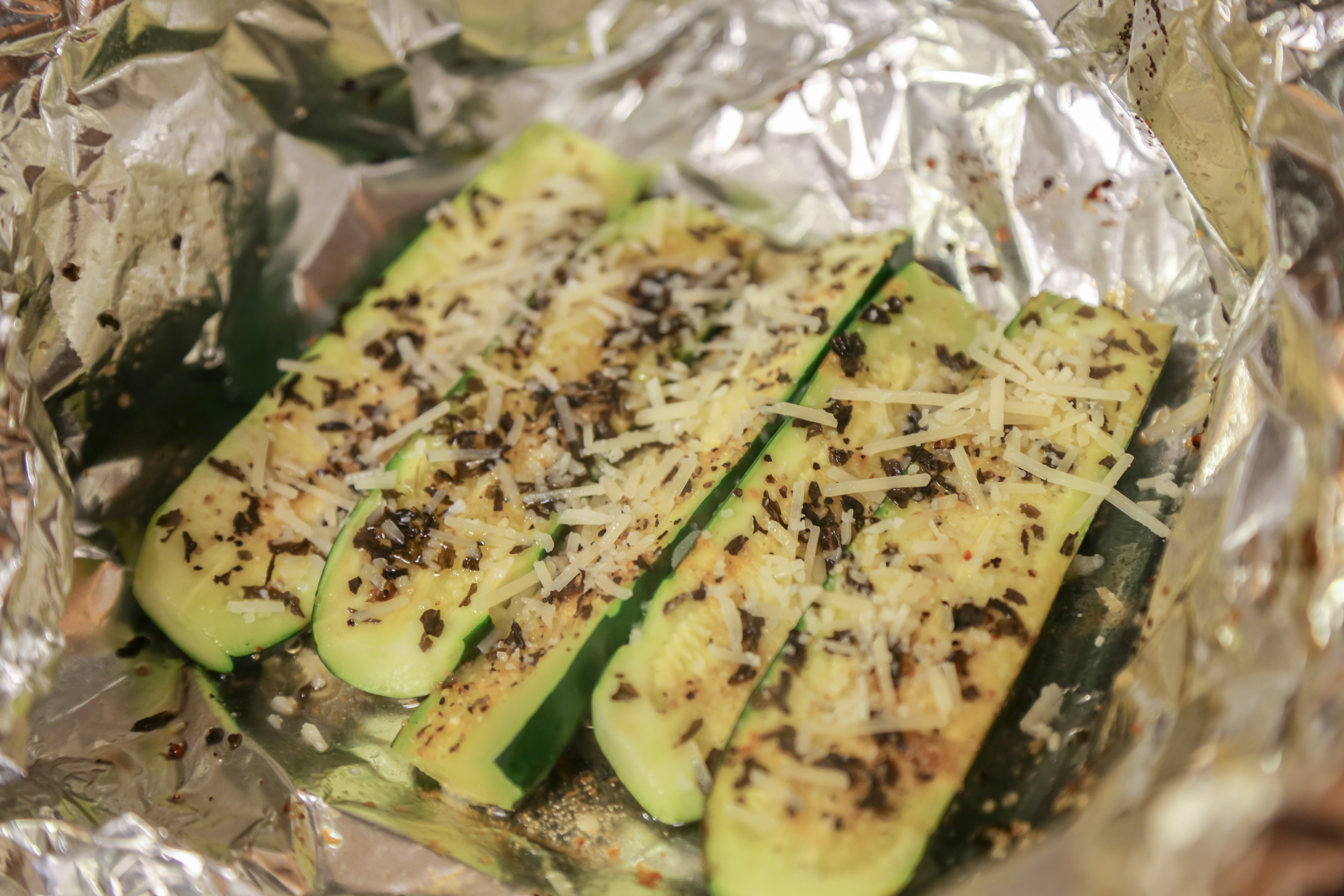 How to Cook Zucchini in Aluminum Foil in the Oven ...