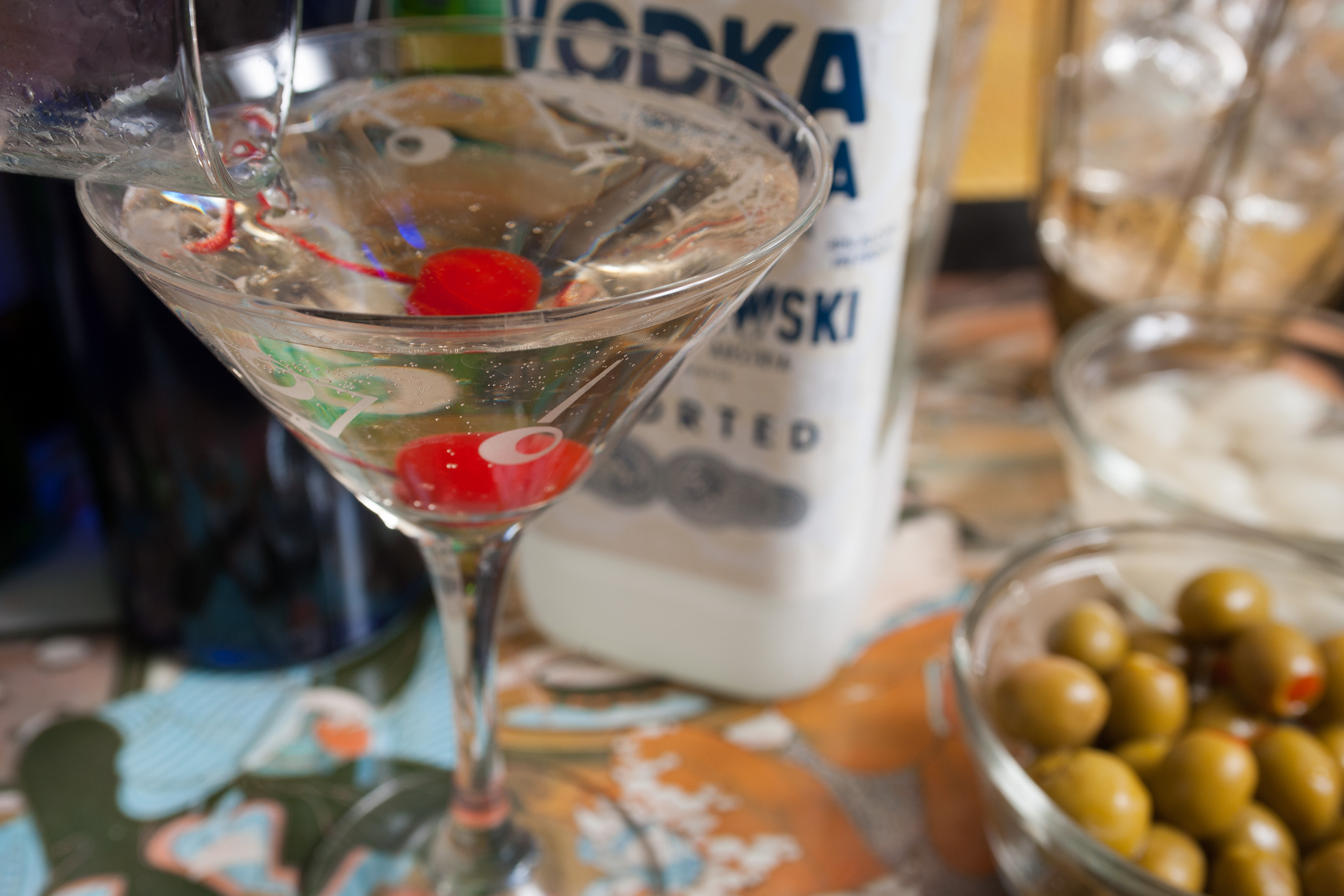 How many calories in a vodka martini livestrong com for Vodka martini