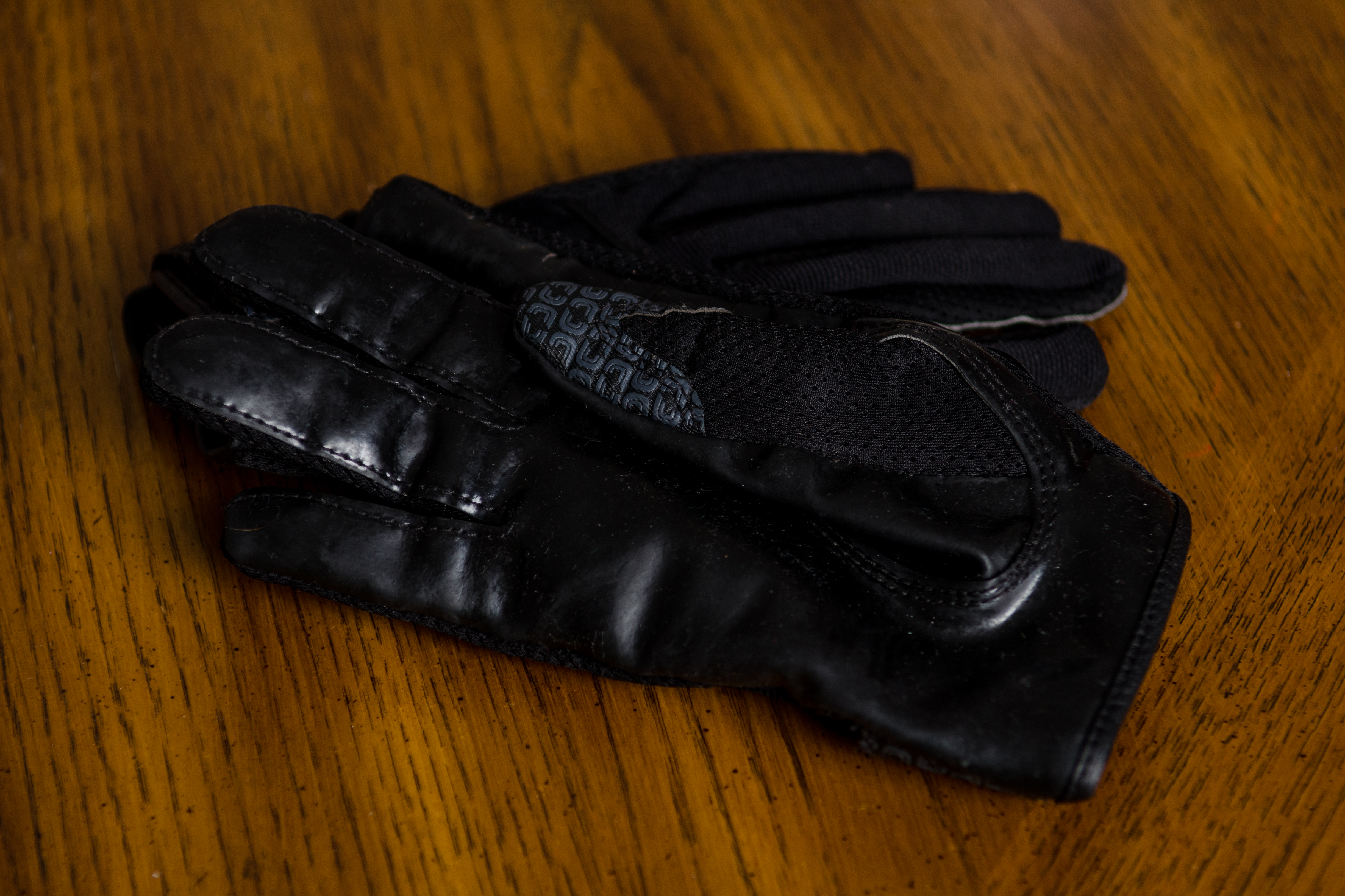 how to keep cutters football gloves sticky