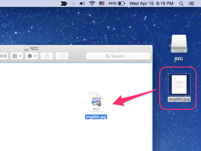 Drag files to your flash drive.