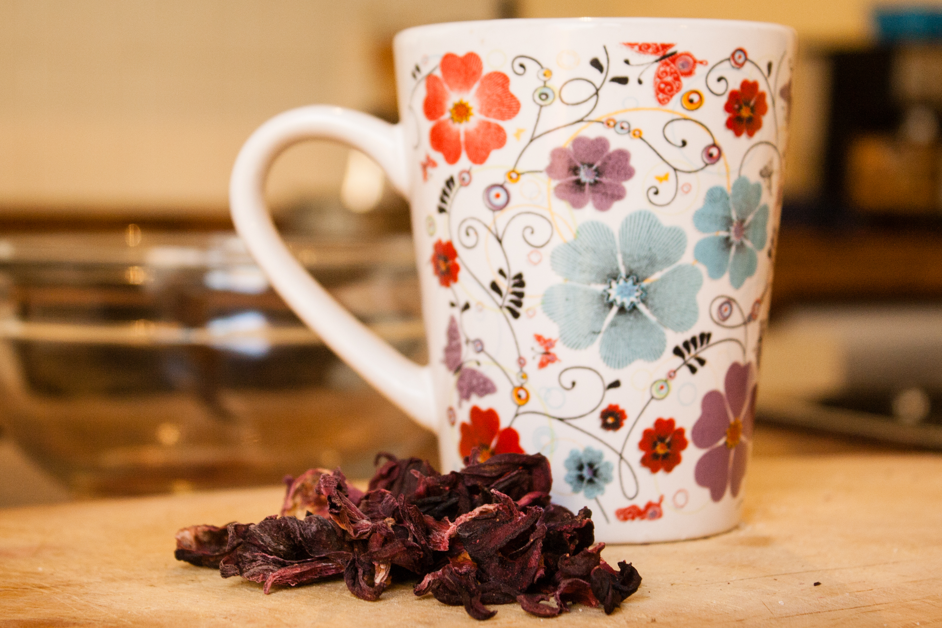 How to make tea from hibiscus flowers livestrong izmirmasajfo Choice Image