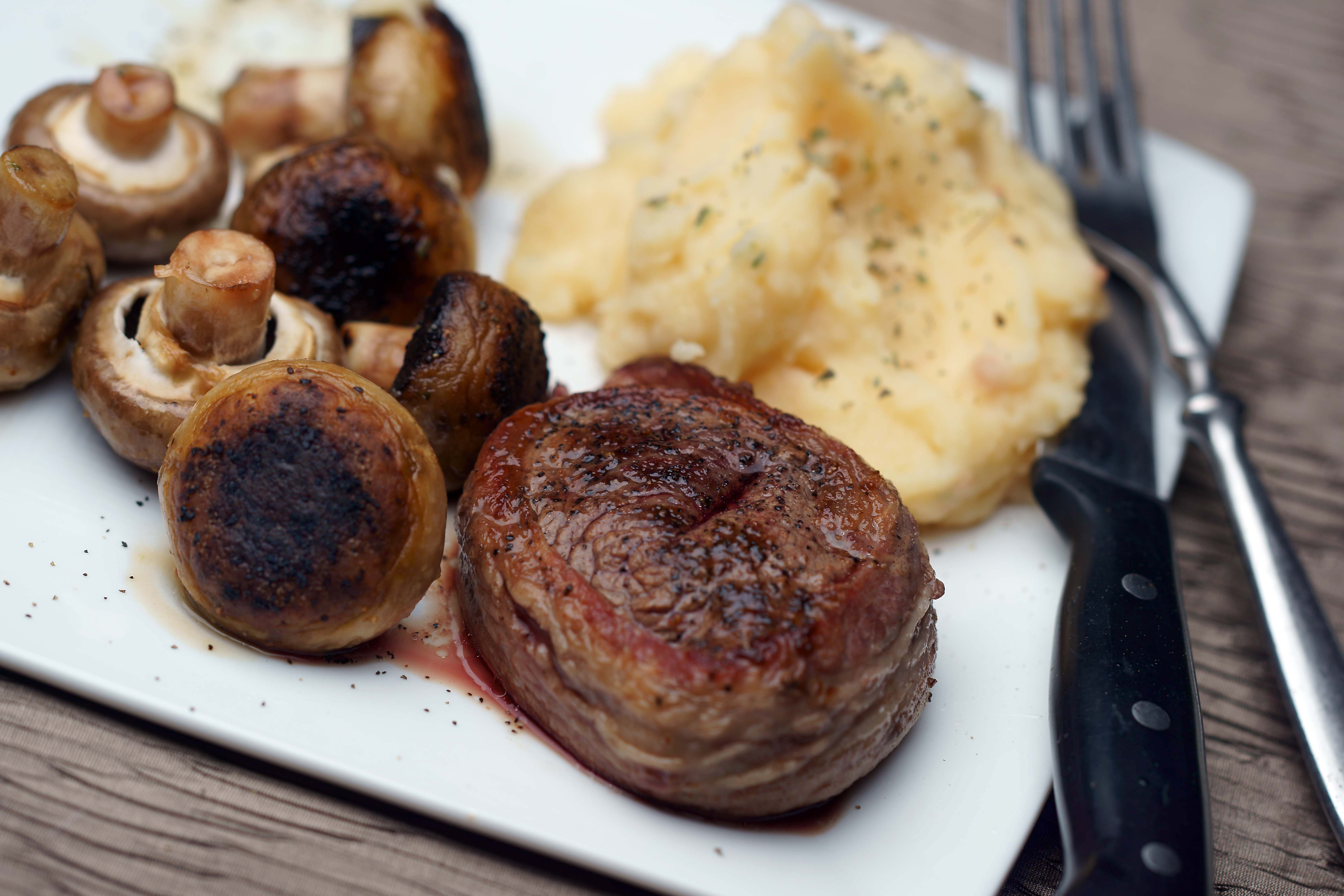 How to cook a filet wrapped in bacon in the oven livestrong ccuart Choice Image