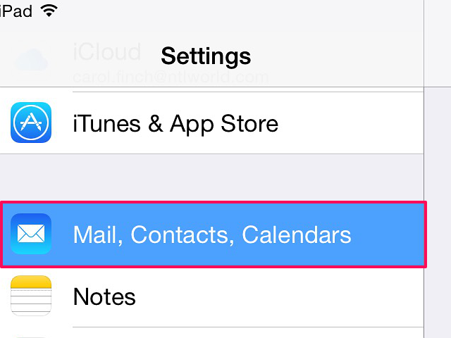How to change settings on iPad email accounts