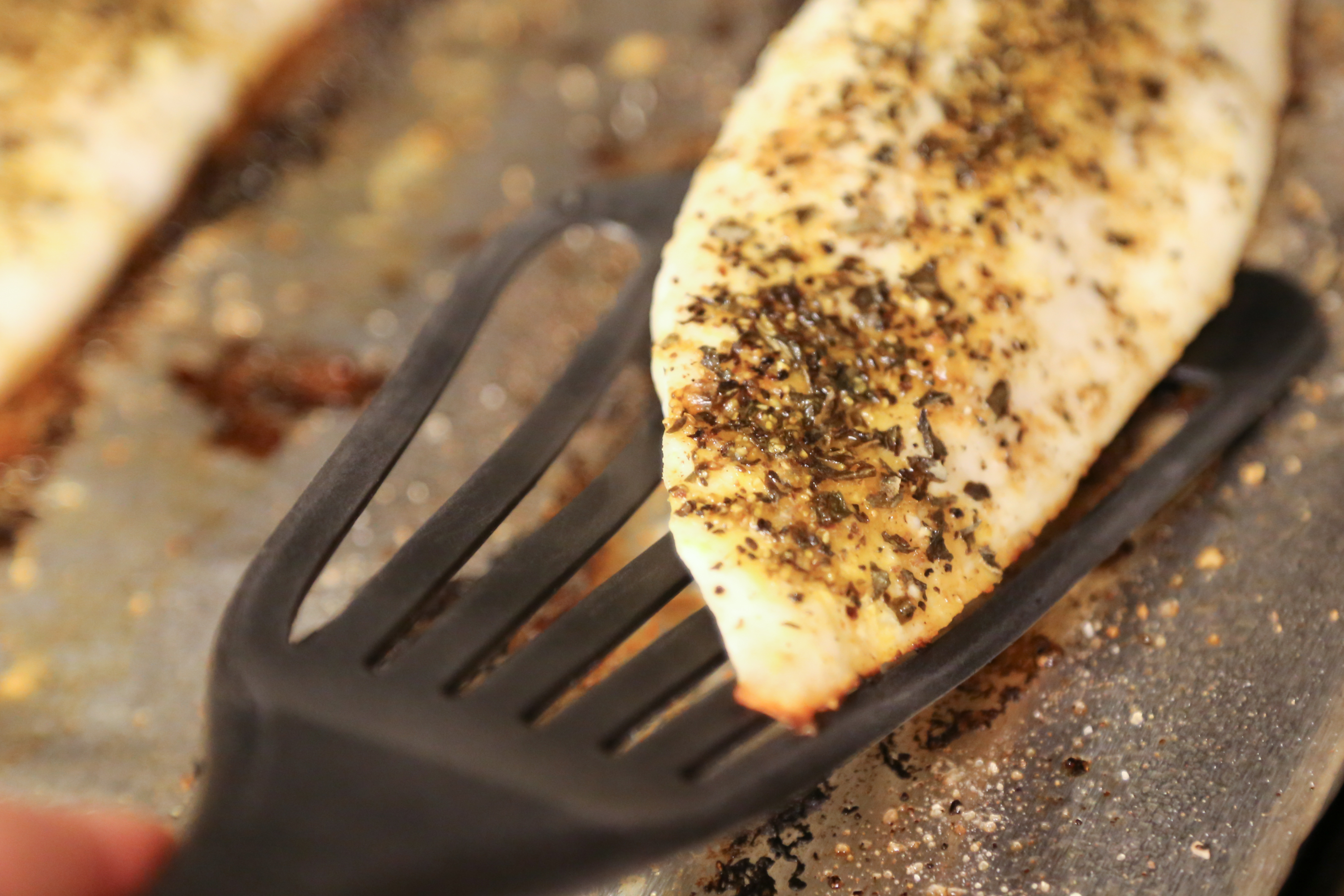 How to cook tilapia fillets in the oven livestrong com for Temperature to cook fish in oven