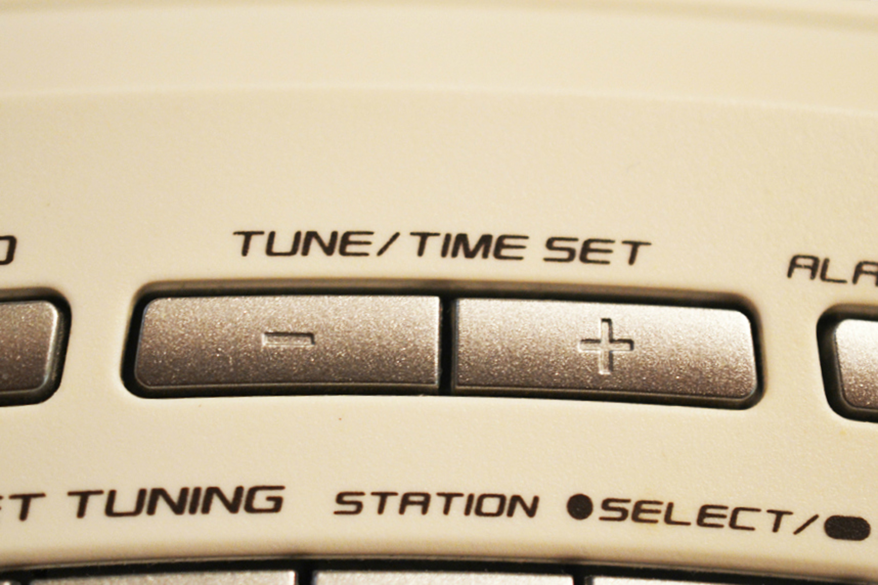 how to set the time on a sony machine