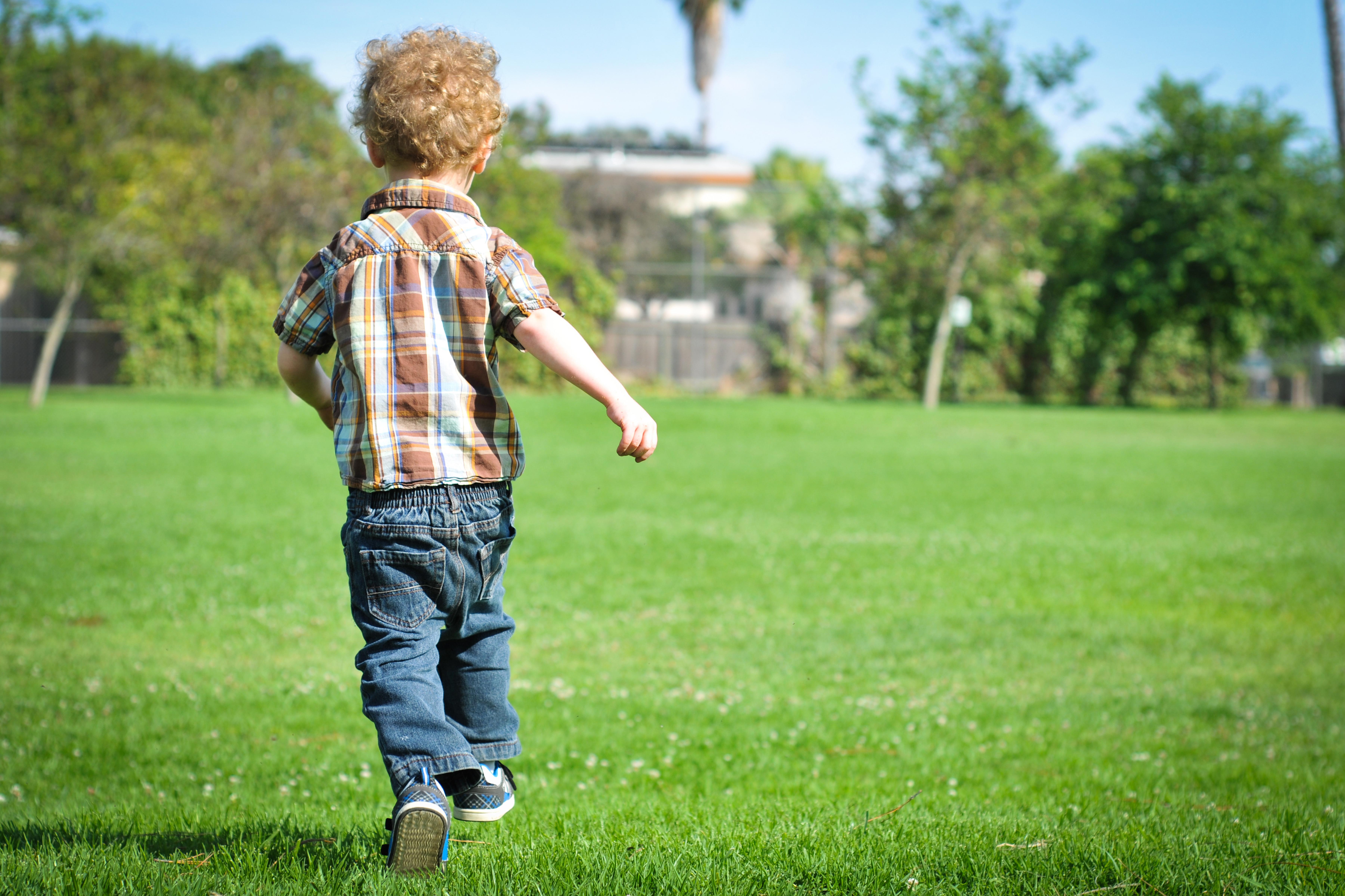Fun Outdoor Games for Preschoolers | LIVESTRONG.COM
