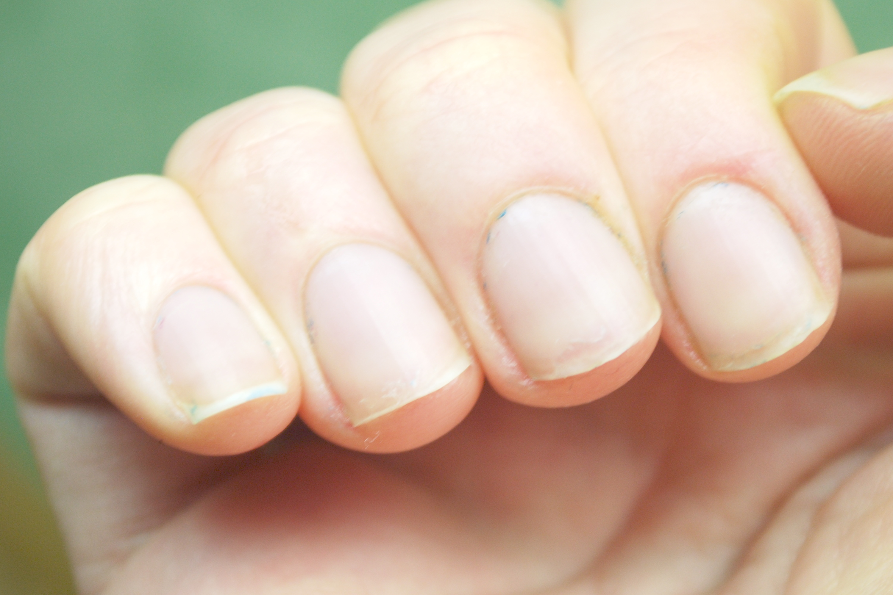 Use Of Olive Oil For Nail Growth Care