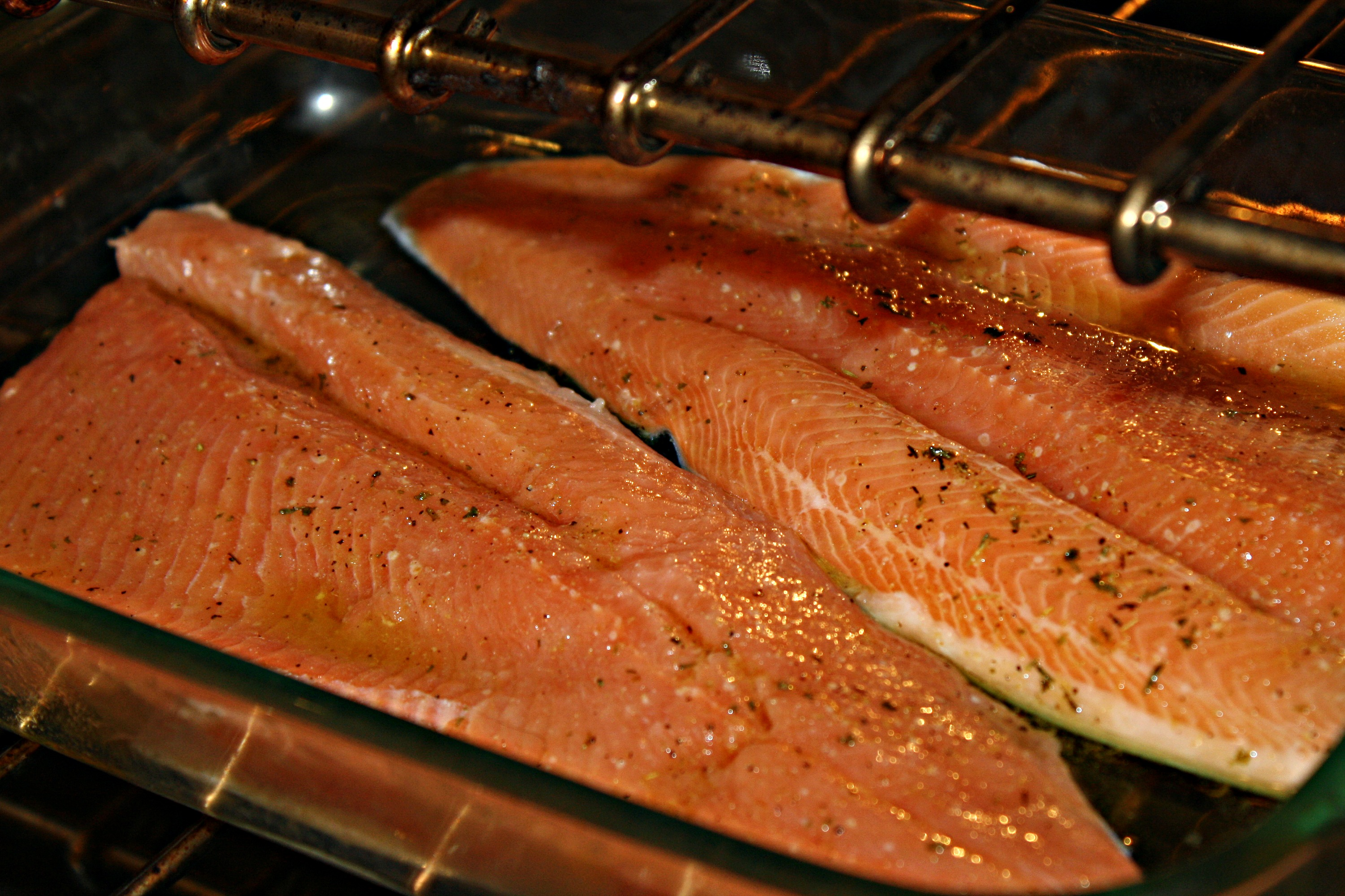 How to cook red steelhead trout fillet fish in oven for How to bake fish fillet