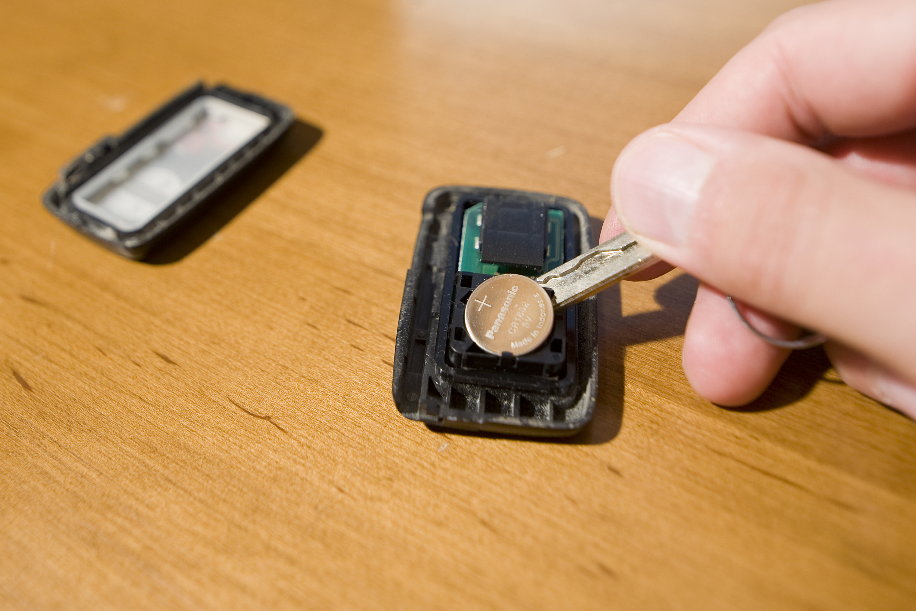 Signs Your Car Key Battery Is Going