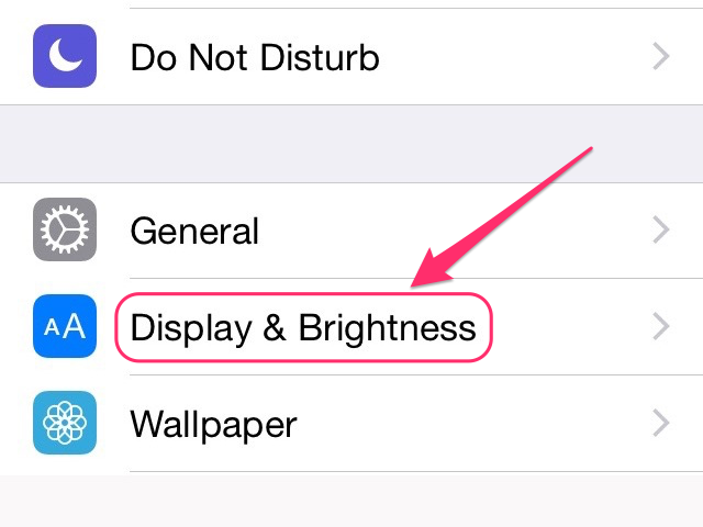 Adjust the screen lighting in the Display & Brightness section.