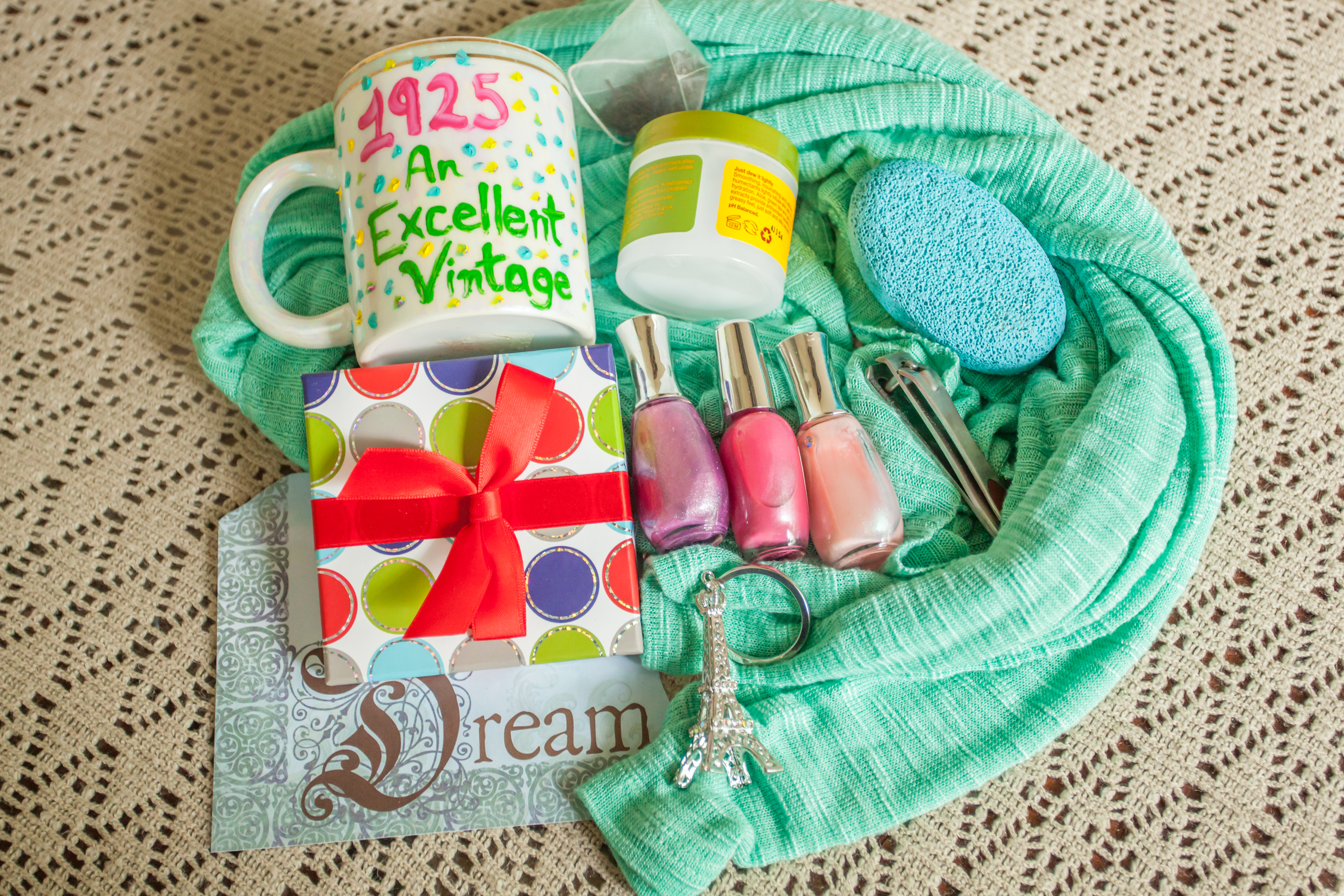 Birthday Gift Ideas For A 90 Year Old Woman