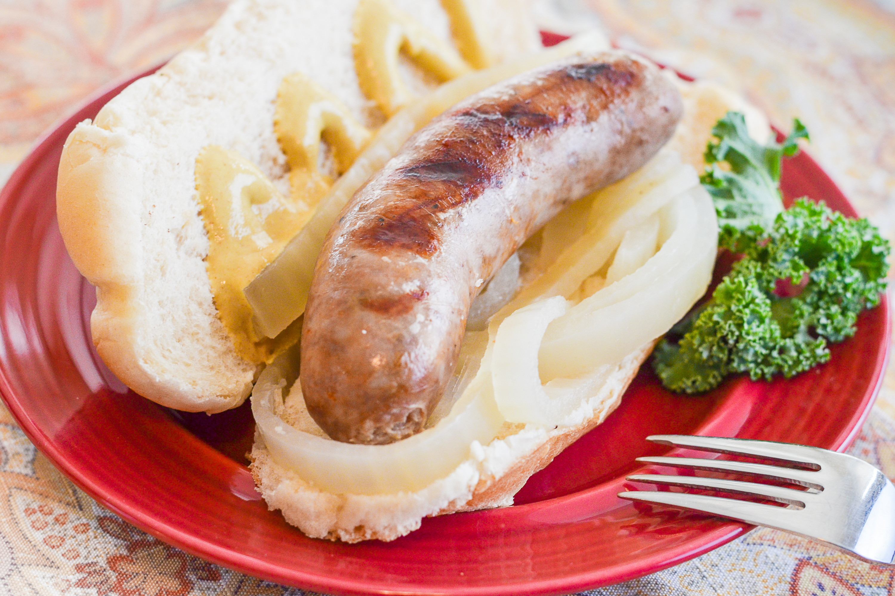 How to Cook Brats on a Stovetop   LIVESTRONG.COM