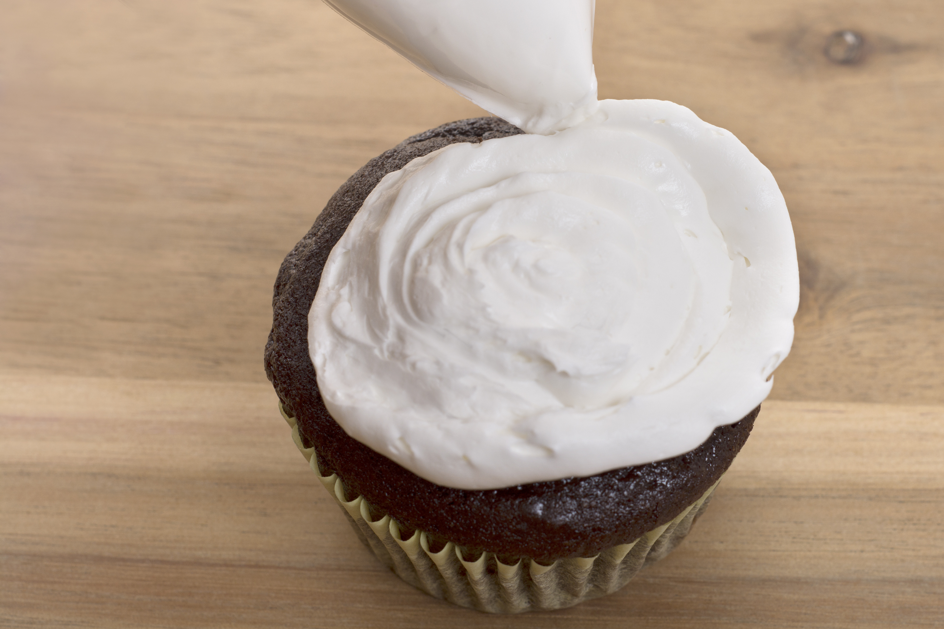 how to make a piping bag from a ziplock bag