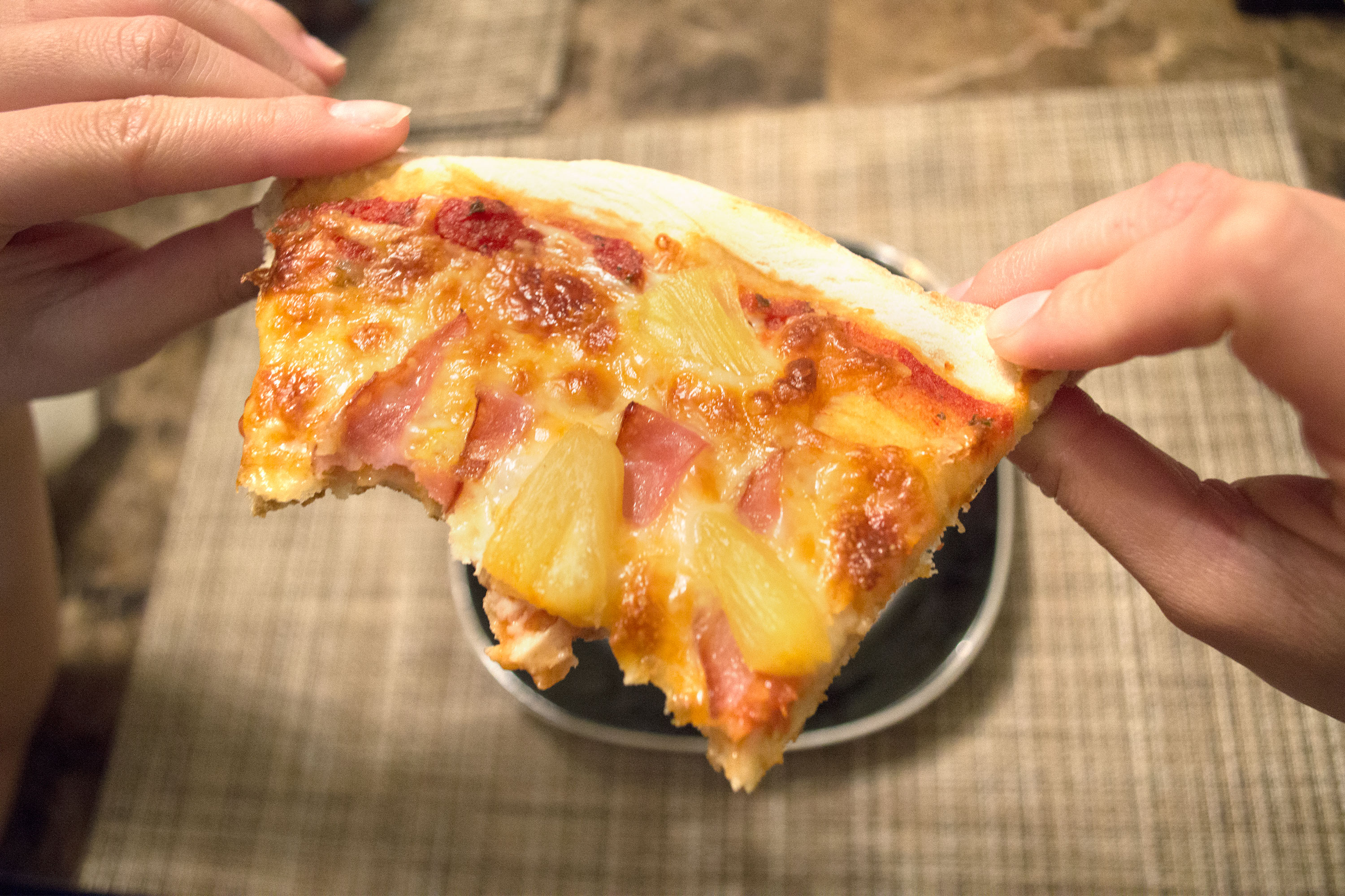How To Make A Frozen Pizza How To Cook Whole Foods Pizza Dough Livestrongcom