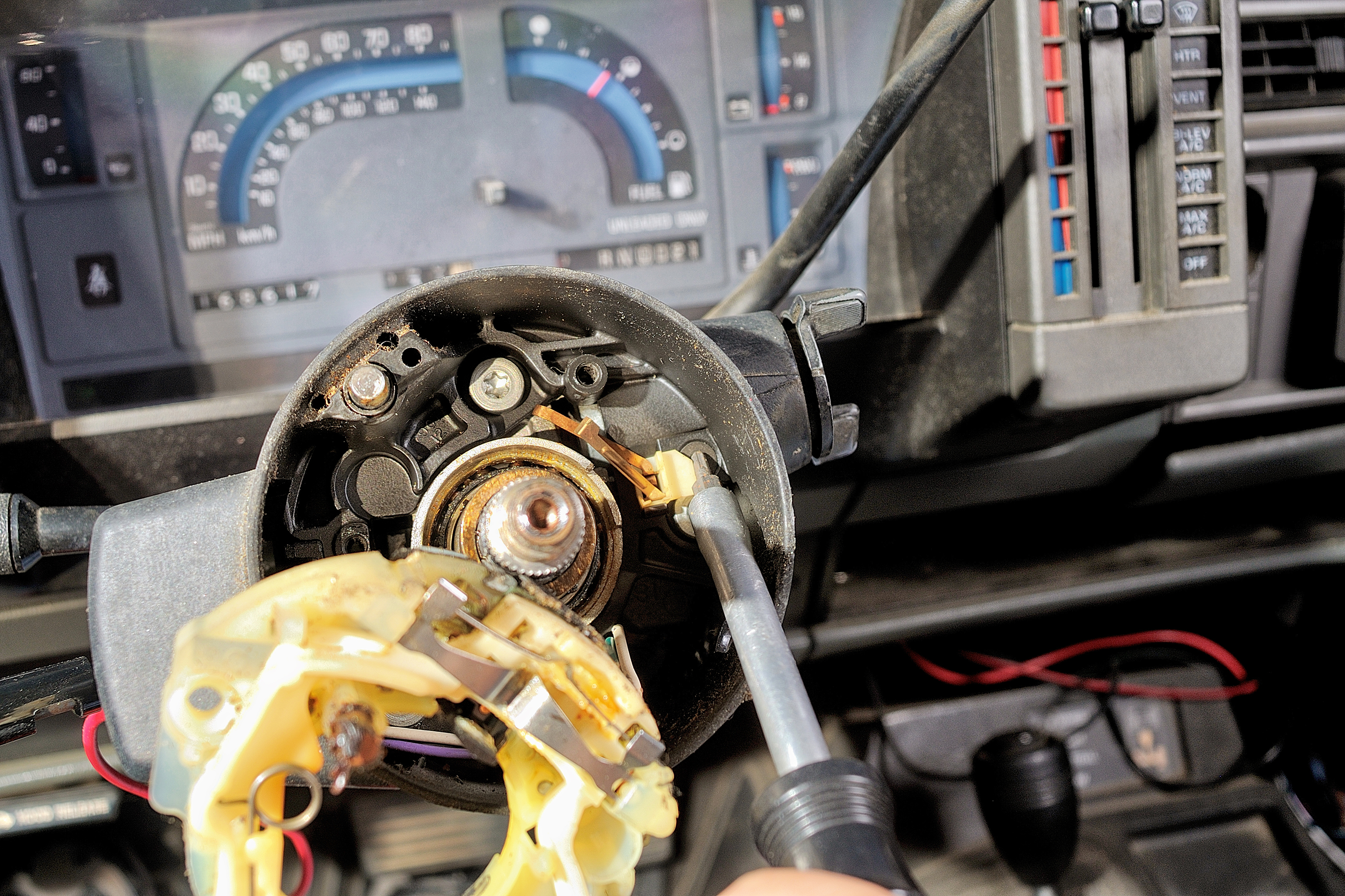How To Remove A S10 Ignition Switch