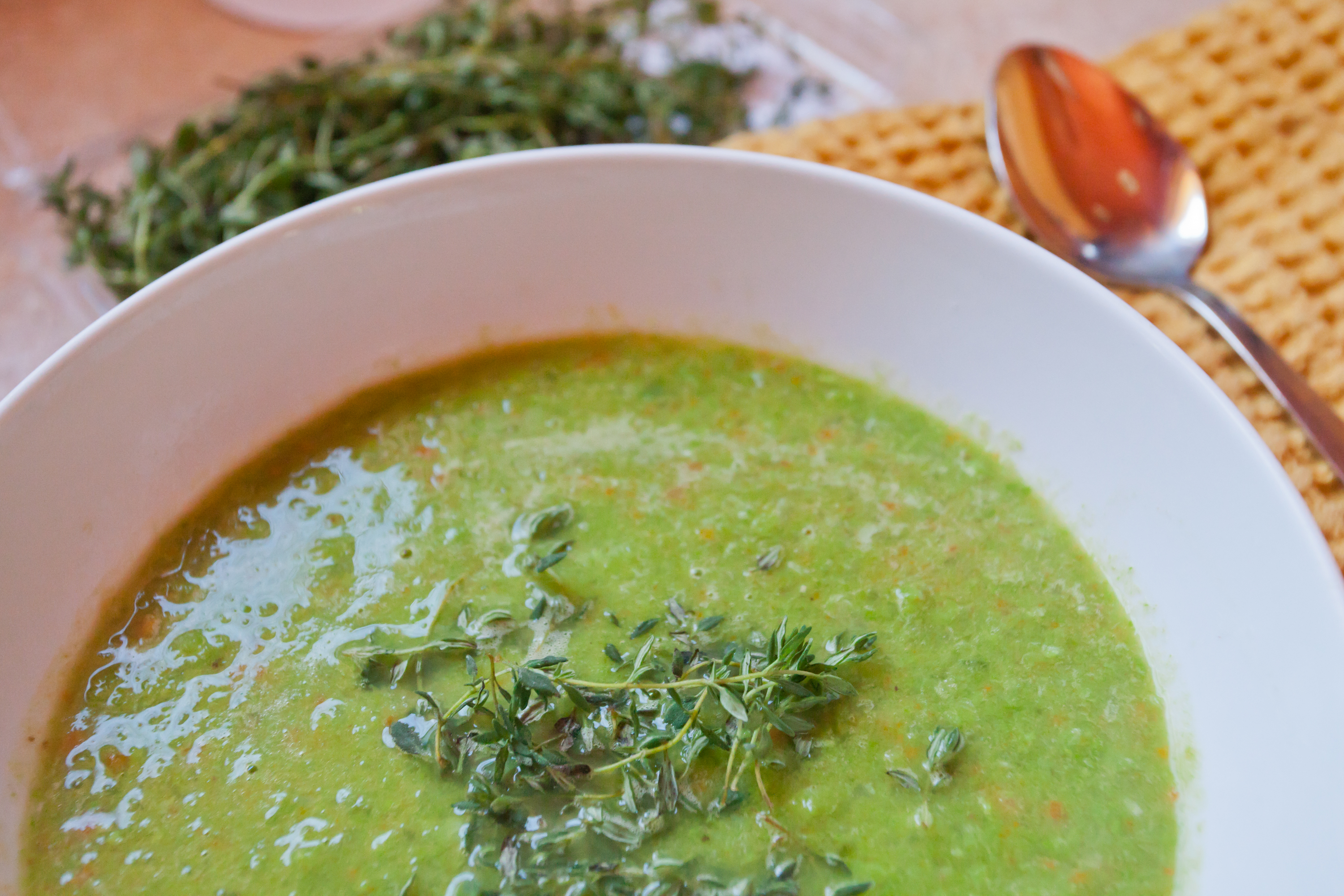 How many calories are in the pea soup