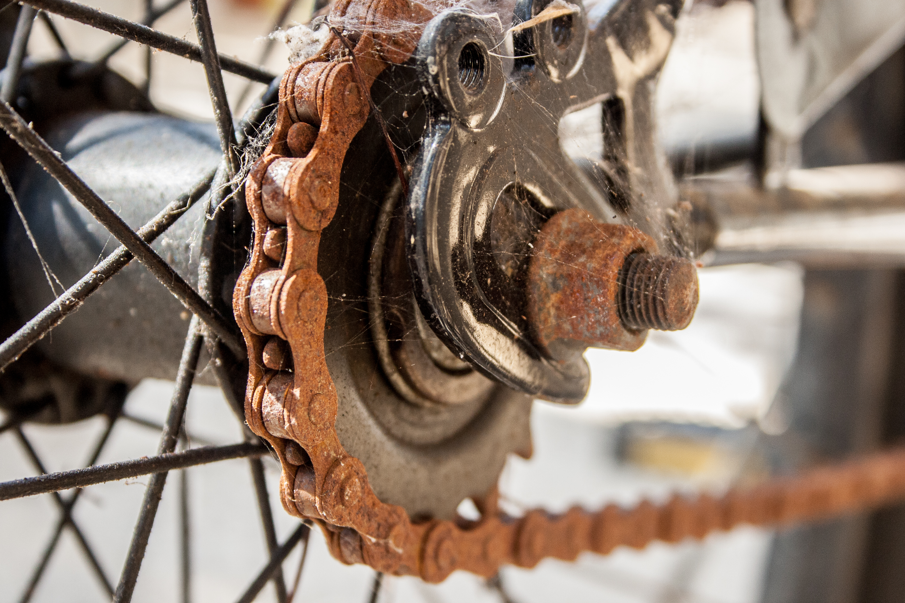 How to Remove Rust From a Bike Chain | LIVESTRONG.COM
