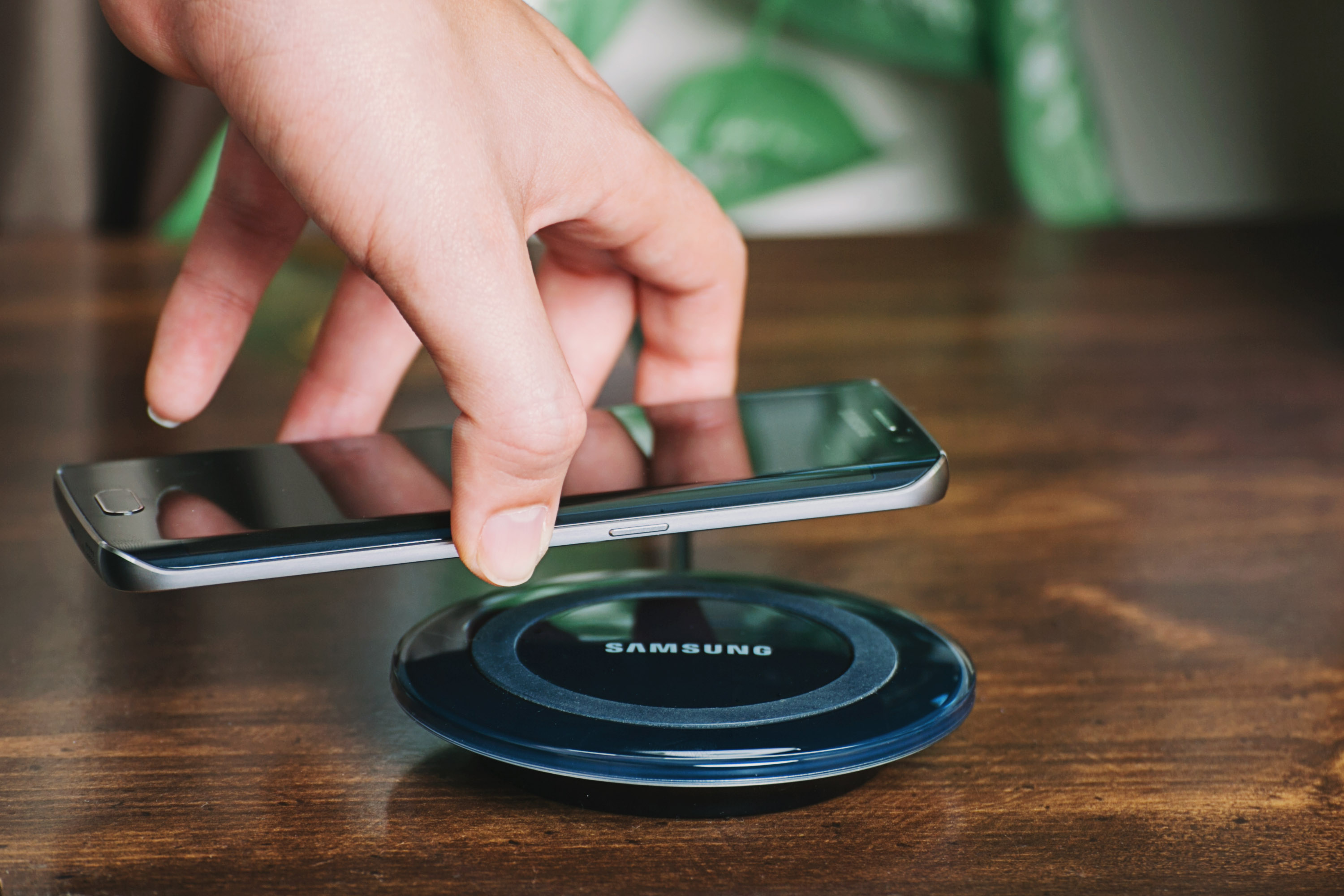 samsung wireless charger charging qi pad for galaxy s6 s7 edge note5 ebay. Black Bedroom Furniture Sets. Home Design Ideas