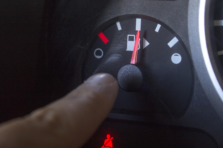 How to Fix a Stuck Fuel Gauge | It Still Runs