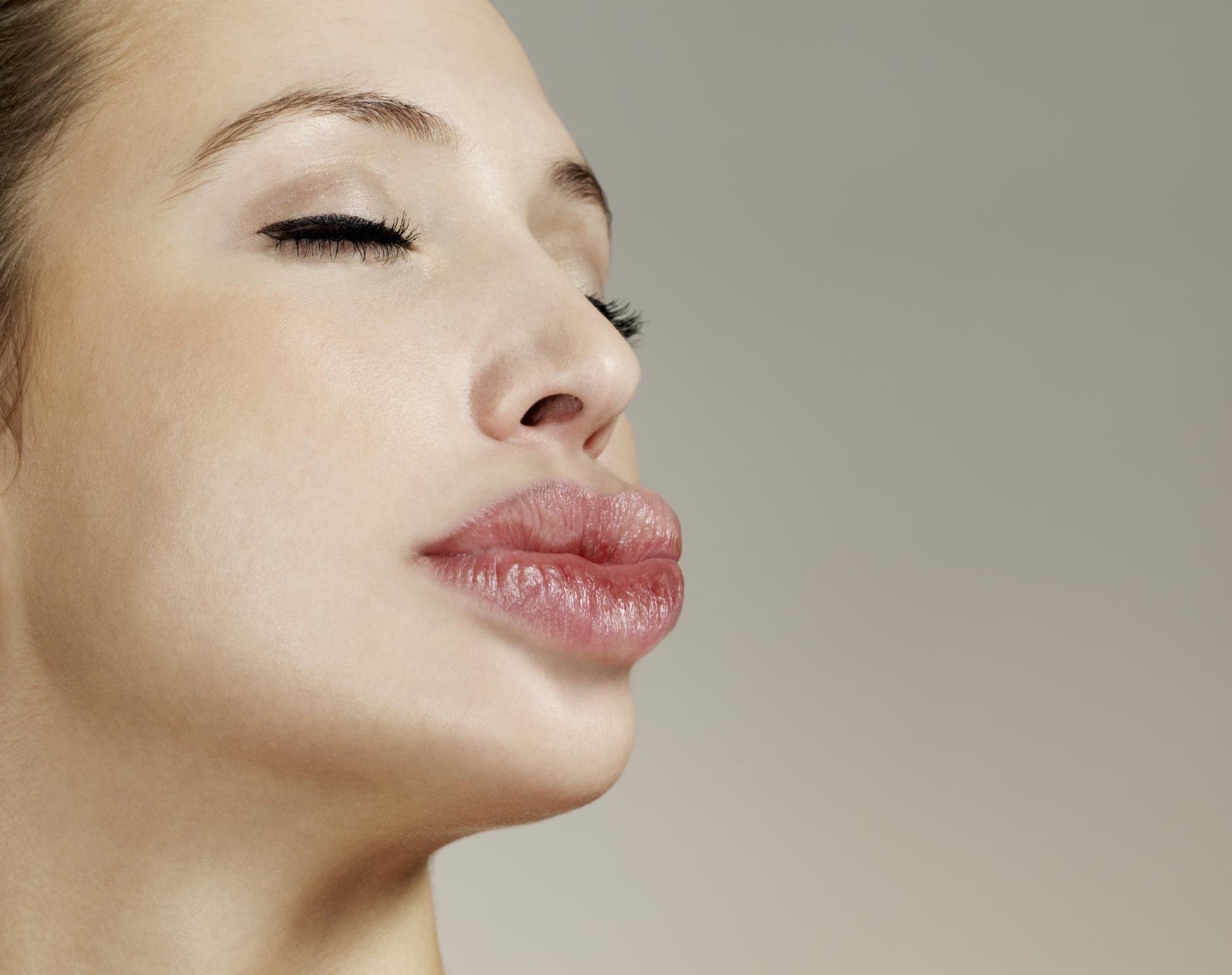 Смотреть фото самых больших губ, Фотографии Девушки с большими размерами половых 8 фотография
