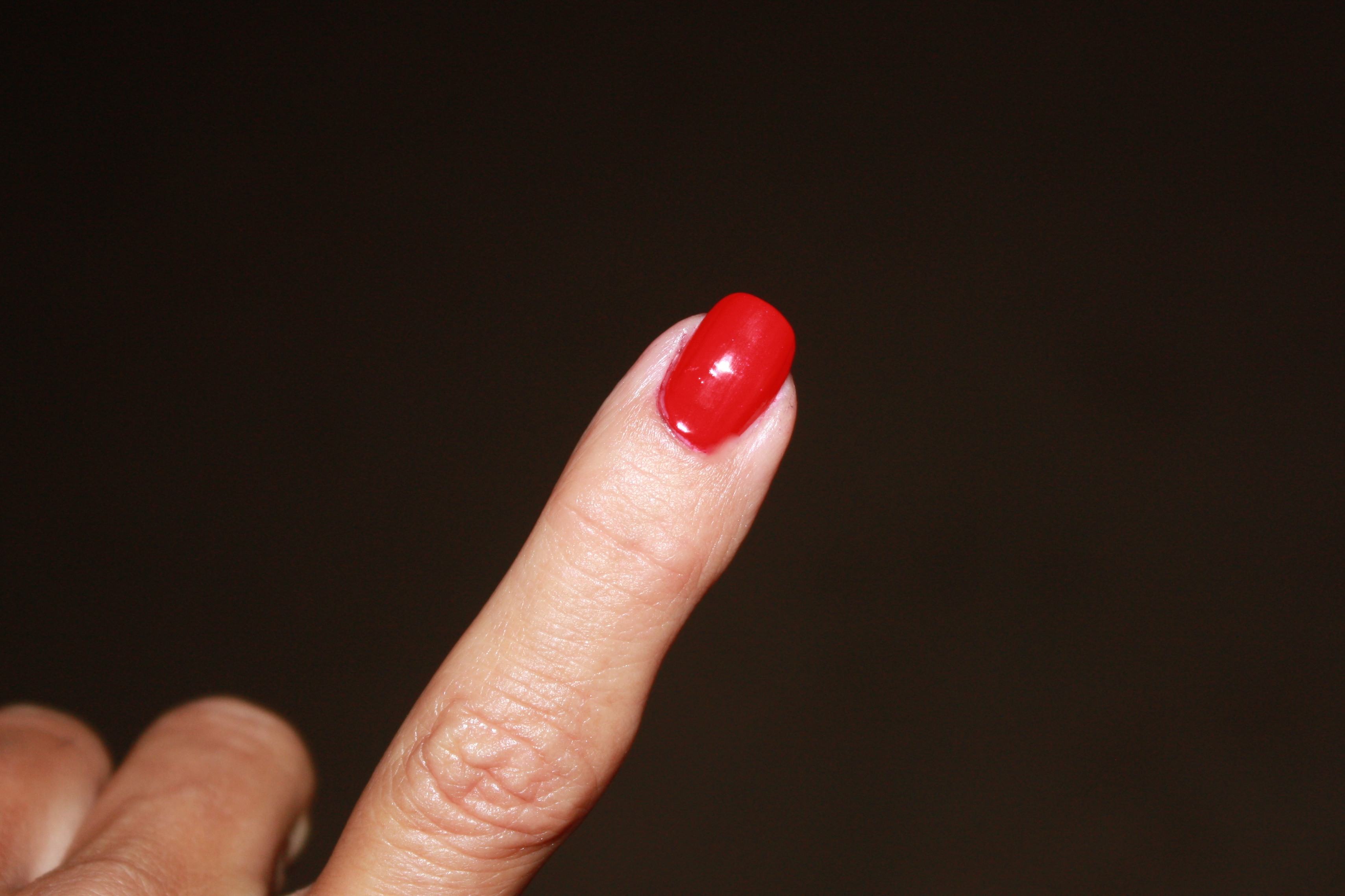 How To Fix A Crease In Nail Polish
