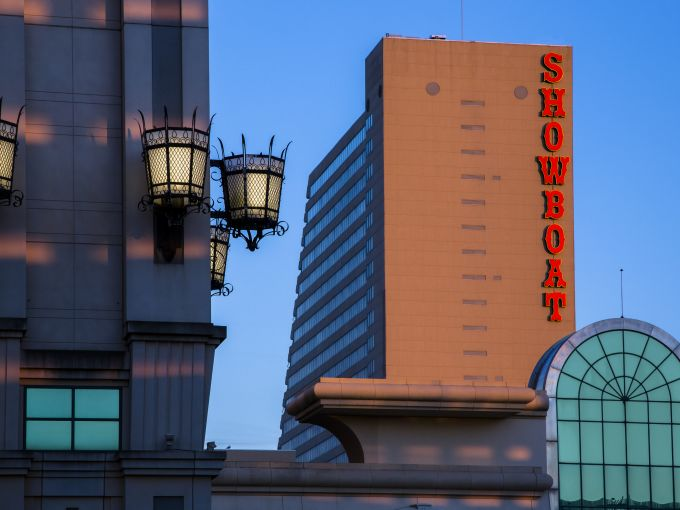 Showboat, Atlantic City, Hotel, Rooms, Beach, Ocean, Boardwalk, Exterior, Facade
