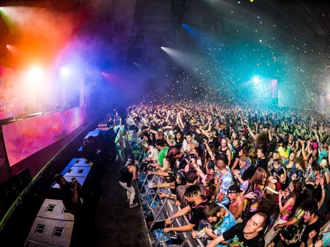 Atlantic City, convention center, concert, fans, electronic dance music