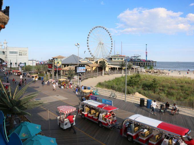 Atlantic City, Beach, Steel Pier, Rides, Ferris Wheel, Sand, Attraction, Children, Family, Observation Wheel, Views, Gondola